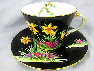 RARE AYNSLEY DAFFODIL FLORAL BLACK ART DECO TEA CUP AND SAUCER