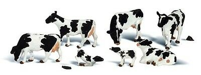 Woodland Scenics A2724 11pc Holstein Cows Set 0 Gauge Tracked 48 Post