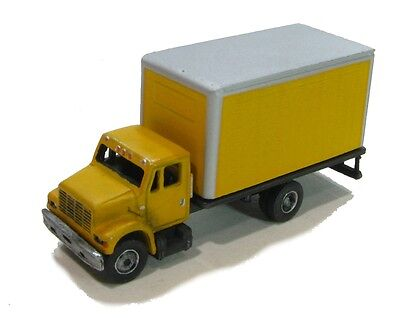 "N Scale ""I"" Class 16' Van Truck kit  by Showcase Miniatures (71)"