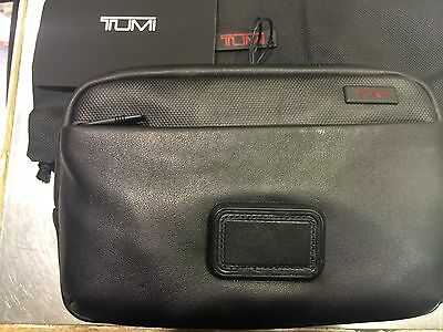 TUMI  Alpha 2 Slim Leather Travel Kit Black 092197D2 NWT -GREAT GIFT!