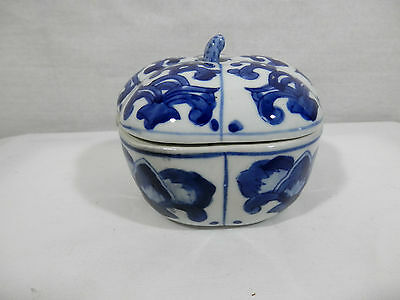 Oriental Blue and White Design Pumpkin Shaped Trinket Box - China
