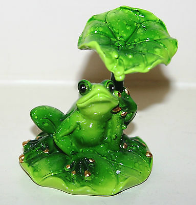 Juliana Natural World - FROG in Shade On Lily Pad Ornament