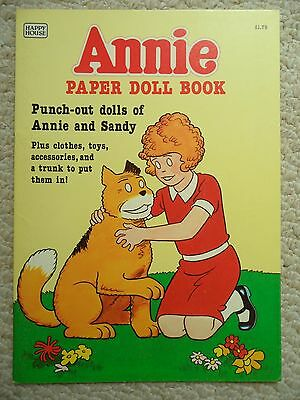 ANNIE PAPER DOLL BOOK~Happy House 1982~UNUSED~Punch-out~SANDY~TRUNK~