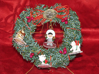 HALLMARK FROSTY FRIENDS KEEPSAKE ORNAMENT WREATH DISPLAY 1990