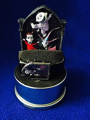 NIGHTMARE BEFORE CHRISTMAS-LTD NUMBERED EDITION WATCH w/DISPLAY & TIN