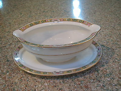 Vintage Royal Bayreuth The Dover pattern gravy bowl w attached underplat-Bavaria