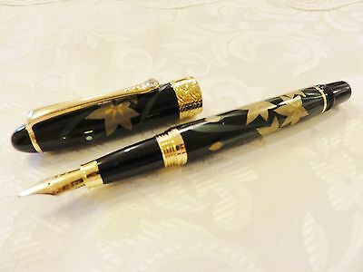 "Handmade Japanese Urushi Lacquer Makie fountain Pen ""White Iris""  Swarovski"