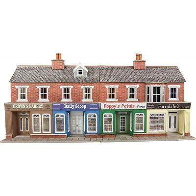 PO272 00/H0 Low Relief Shop Fronts (red brick) Mecalfe Self build Model Rail Kit