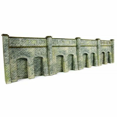 PN144  N Gauge Retaining Wall (Stone) Metcalfe Model Kit Building