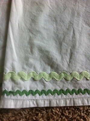 Boys Girls POTTERY BARN KIDS White Green RIC RAC Trim CRIB SKIRT Dust Ruffle