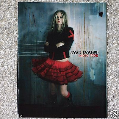 Avril Lavigne - Under My Skin (2004) Limited Special PHOTO BOOK ~RARE~