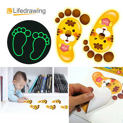 Glow In The Dark Footprint Foot Stickers Luminescent Kids room Décor Arrow tiger