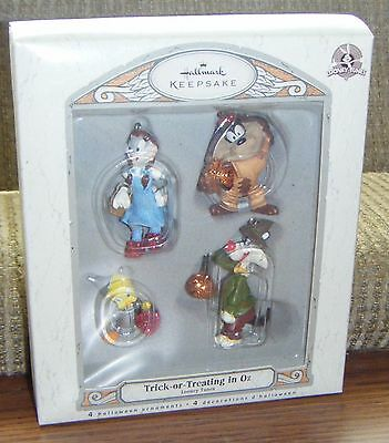 2007 TRICK OR TREATING IN OZ ORNAMENTS Hallmark Looney Tunes Halloween 4pc MIB