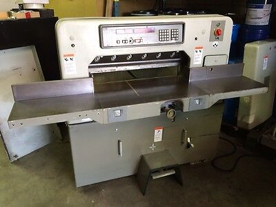Polar 76 EM Paper Cutter SN# 5361025 with air blower.Can see running in shop.
