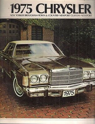 Chrysler Newport New Yorker Town & Country 1975 USA Market Sales Brochure