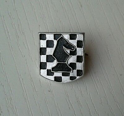 Chess KNIGHT figure - vintage Russian pin; small, EX