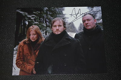 PORTISHEAD  signed Autogramm 20x25 cm In Person