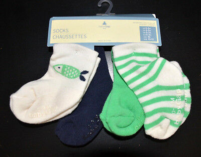 New Authentic Baby GAP Newborn Infant Set of 4 Cotton Socks (0-3-6-12 Months)