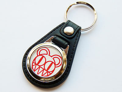 RADIOHEAD Indie Rock Band Red Premium Leather & Chrome Keyring
