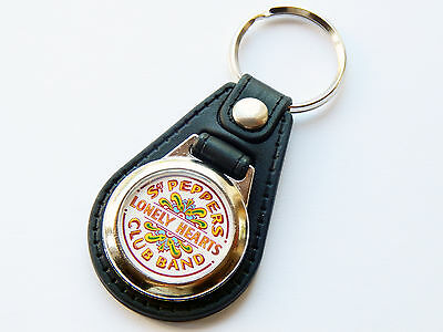 THE BEATLES Classic Rock Band Sgt Peppers Premium Leather & Chrome Keyring