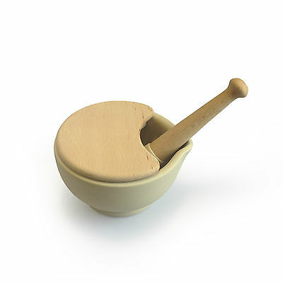 Wade Ceramics Milton Brook Mortar & Pestle / Size 3 / Unglazed with lid