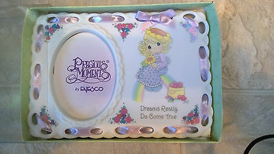 "PRECIOUS MOMENTS...Picture Frame ""Dreams really Do Come True"" NIB"