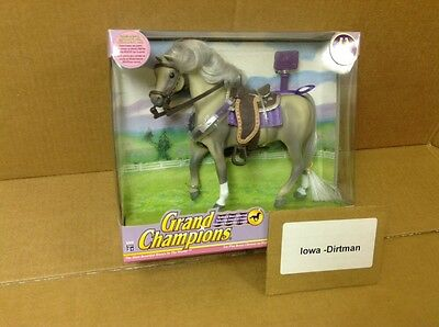 Grand Champions Stallion & Mare Collection Gray 50090 Horse Play Set New 2004