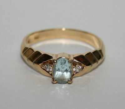 Vintage Retro 80s Clear Light Blue Stone Size 10 Costume Jewelry Cocktail Ring