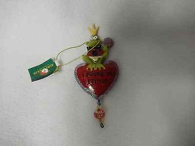 Christmas '' I Found My Prince'' Resin Frog 3-D Ornament-New