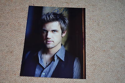 TYLER HILTON signed Autogramm In Person 20x25 cm ONE TREE HILL Chris Keller