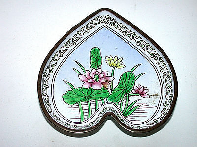 Antique Chinese Canton Famille Rose Hand Painted Enamel On Brass Heart Pin Dish