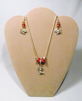 Silver Metal & Glass Bead Figural Squirrel Necklace & Earring Set - Charming!