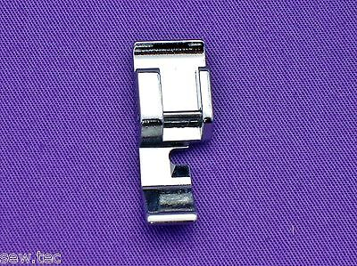 Zipper Foot Narrow (Right) Snap On To Fit Janome Baby Lock Toyota #611406002