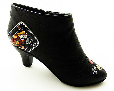 Just the Right Shoe by Raine and Willitts Designs: Queen of Hearts Boot #25325