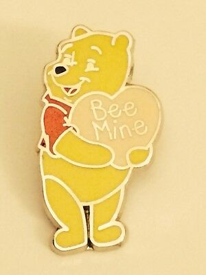 Disney Pin Winnie The Pooh Happy Everything Valentine's Bee Mine LIMITED EDITION