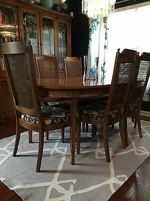 Beautiful Antique Century Furniture Dining Room Table and Chairs (6)
