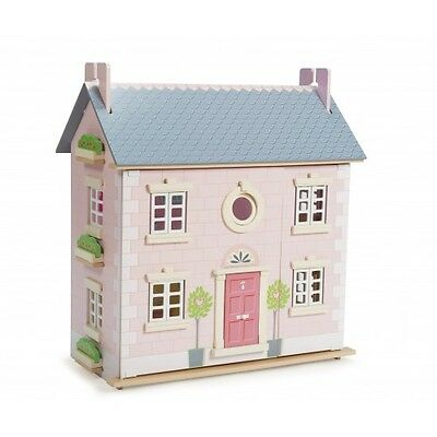 Le Toy Van Bay Tree Dolls House with Daisy Lane Furniture and Dolls