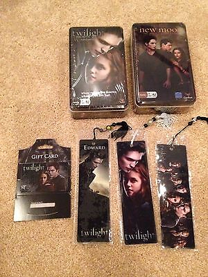Lot Twilight New Moon Card Game In A Tin & Bookmarks & Card