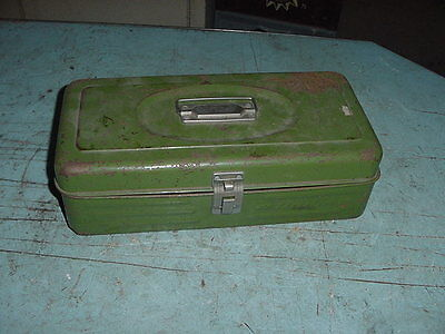 VINTAGE TIN UNION FISHING TACKLE BOX TOOL 14x7x4 CHIPPY GREEN PAINT SHABBY