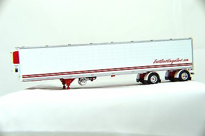 1/64 Dcp Red & White 3000R Refer Van Spread Axel W/thermo King Refer