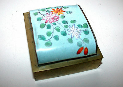 Antique Chinese Canton Femille Rose Enamel On Brass Hinged Lid Trinket Box