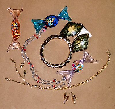 Great Collection of assorted OLDER Jewelry-(parts or wear)- MUST SEE!