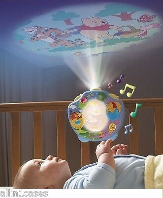 Winnie the Pooh Sweet Dreams Lightshow Cot Mobile Crib Musical Projector - T2015