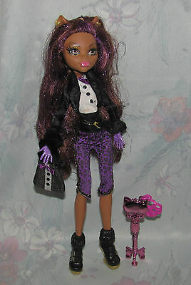 Monster High Clawdeen Wolf Doll - Sweet 1600 - With Key, Purse