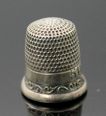 Hallmarked Vintage Scroll Edge Pattern Sterling Silver Size 5 Thimble