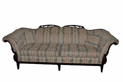 Beautiful Tufted Arms Carved Sofa Couch