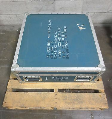 """Heavy Duty Wooden Equipment Shipping Case Container 31.25 x 31.25 x 12"""" w/ Foam"""