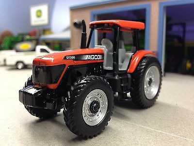 1/64 Ertl Agco Dt200 4Wd Tractor