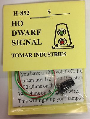 Tomar Industries 2 H-852 HO Dwarf Signals Green/Red LED Brass H852 modelrrsupply