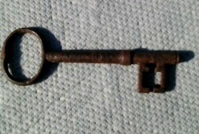 ANTIQUE Old Vintage LARGE/ IRON/ HEAVY SKELETON KEY